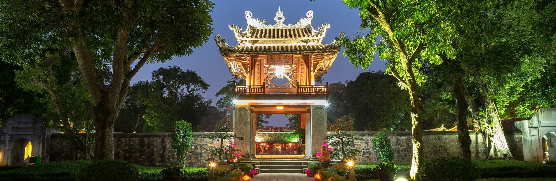 temple-de-la-littc3a9rature-van-mieu-hanoi-khue-van-cac-1798874