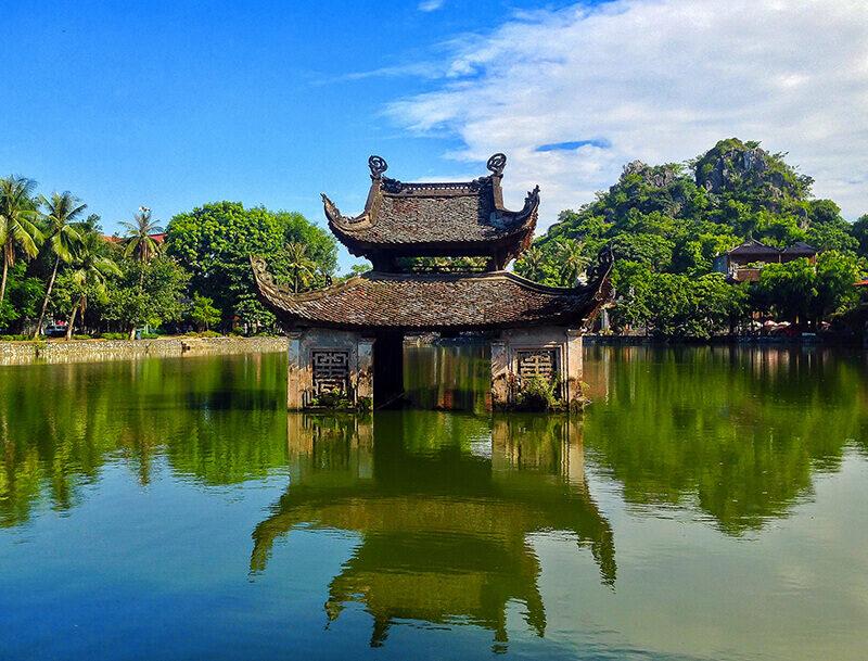 temples-et-pagodes-c3a0-hanoi-pagode-du-maitre-2593661