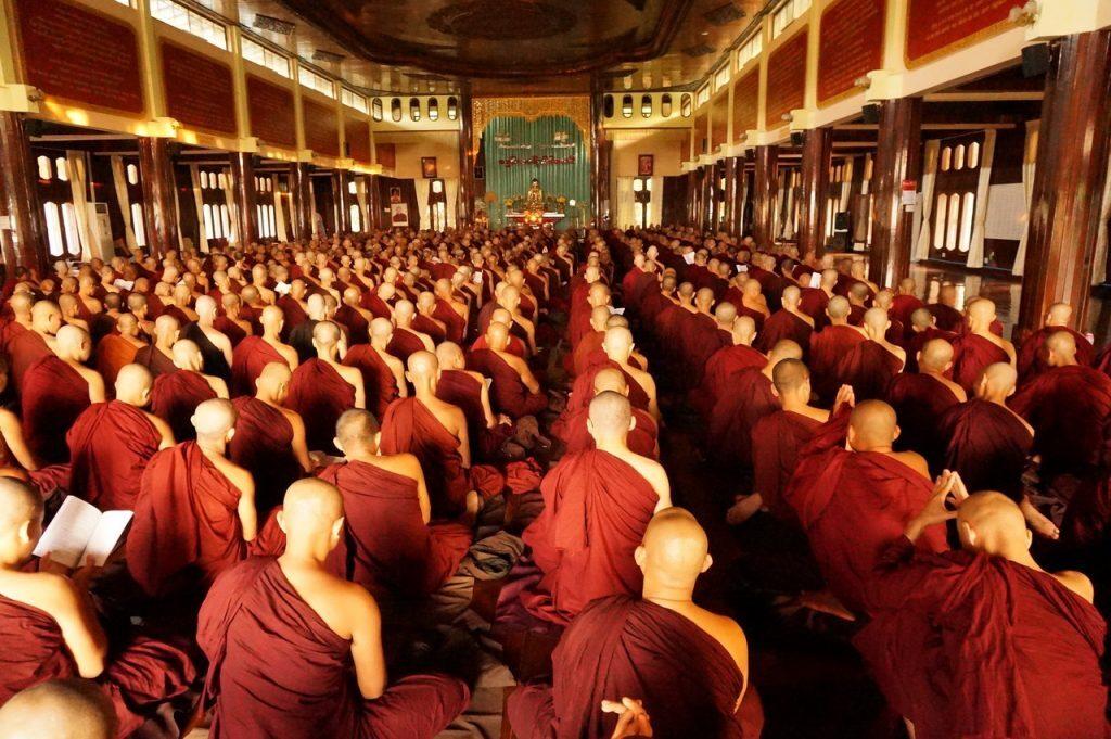 les-fc3aates-en-birmanie-4-1024x681-2396257